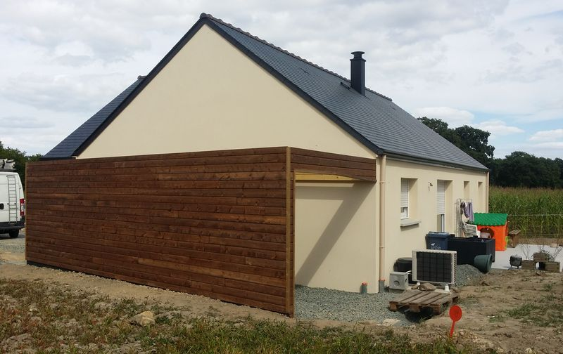R alisations de travaux de charpente bois sur rennes for Extension garage en bois